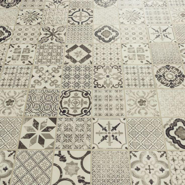 Starfloor Tile Retro Black White Luxury Vinyl Tile
