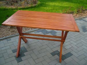 Kerti bútorok, asztal - Burkolatok Háza, Székesfehérvár