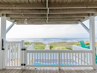 Gorgeous, Remodeled 5 Br 4 Bth Oceanfront Home With Private Heated Pool! . Enjoy the perfect family beach vacation at Keys in the Conch Shell in Holden Beac...