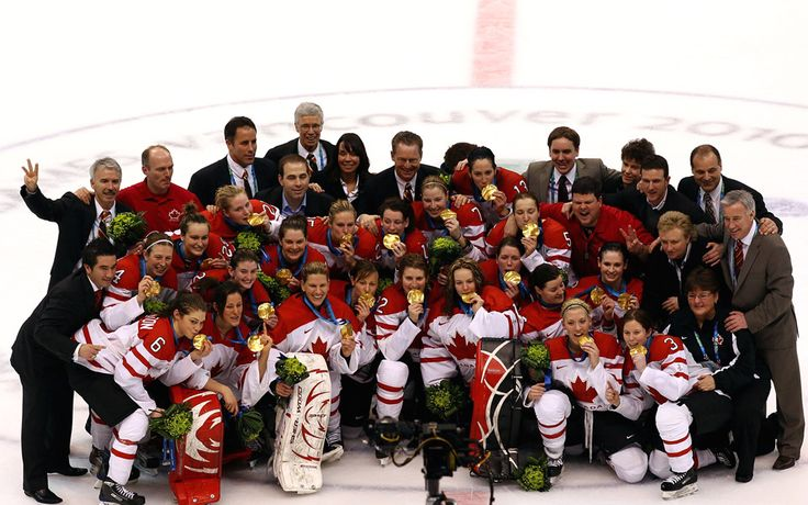 Vancouver 2010 Olympics - Ice Hockey - Canada's women team wins GOLD!