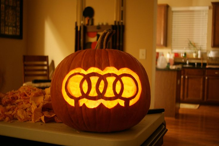 If you haven't carved your Jack-O'-Lantern yet, maybe you could try Audi-inspired pumpkin carving this Halloween.