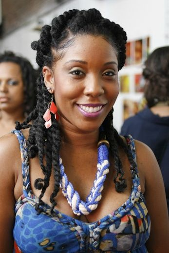 medgiadore:    Curl Gone Wild Events in Philly and I adore her braids