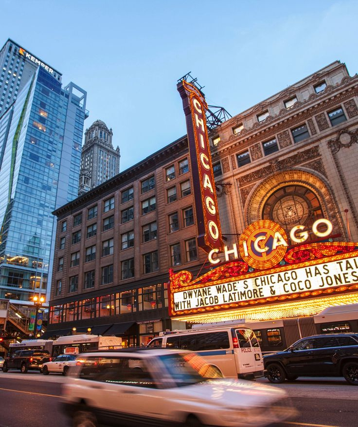 Completely free and customized guided tours are available through the Chicago Greeter program.