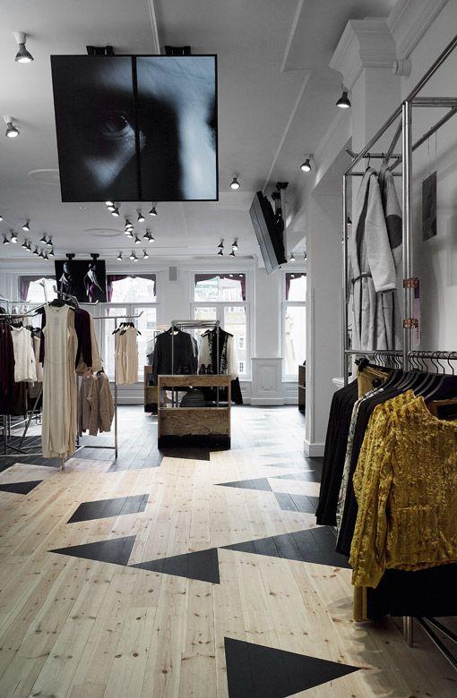 houten vloeren in de winkel
