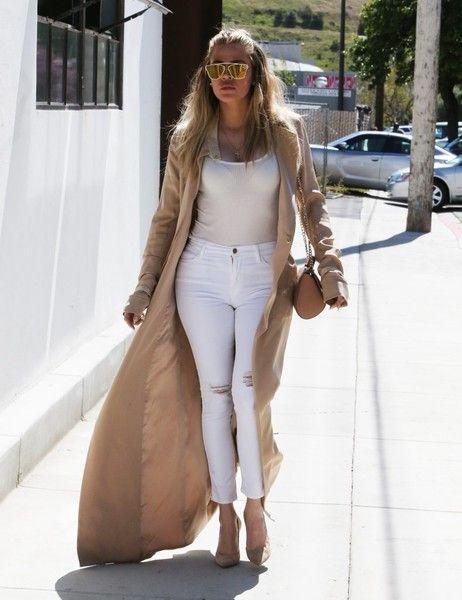 Khloe Kardashian Photos - Khloe Kardashian Visits a Studio in Van Nuys - Zimbio