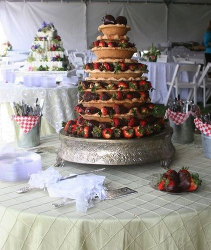 wedding pie at  weatherly by Royers Cafe, via Flickr  Doesn't looks so bad, but is it a wedding without cake?