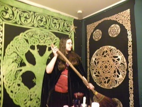 ▶ Wicca : The Goddess Brigit and Imbolc Ritual - YouTube
