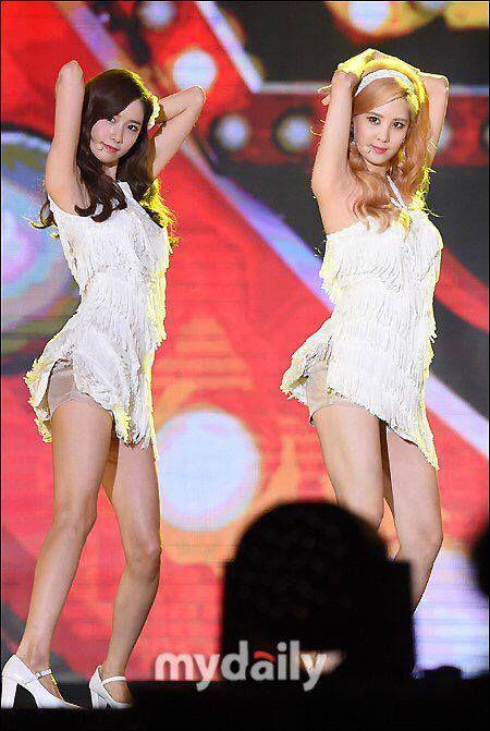 150905 Yoona, Seohyun SNSD 2015 DMC KPOP Super Concert