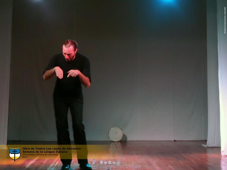 "Obra de teatro ""Los Viajes de Salvatore"" (Nonni Avi. Emigrante di Mezzo) de Salvatore Motta. Martes 16 de Octubre."