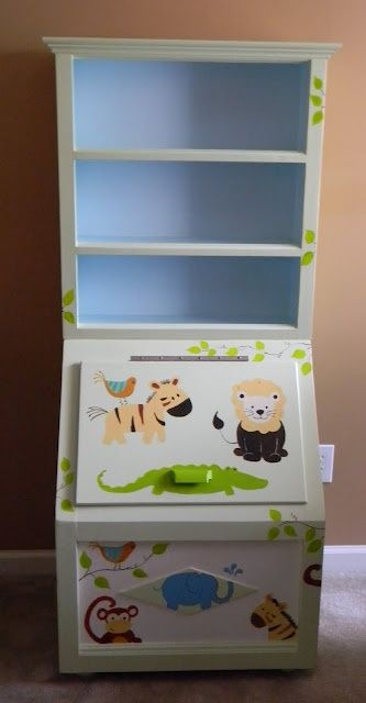 love this toy box. such a cute idea!!!