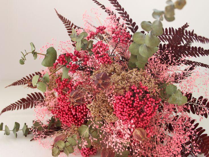 les 151 meilleures images du tableau les fleurs d 39 atelier aimer sur pinterest. Black Bedroom Furniture Sets. Home Design Ideas