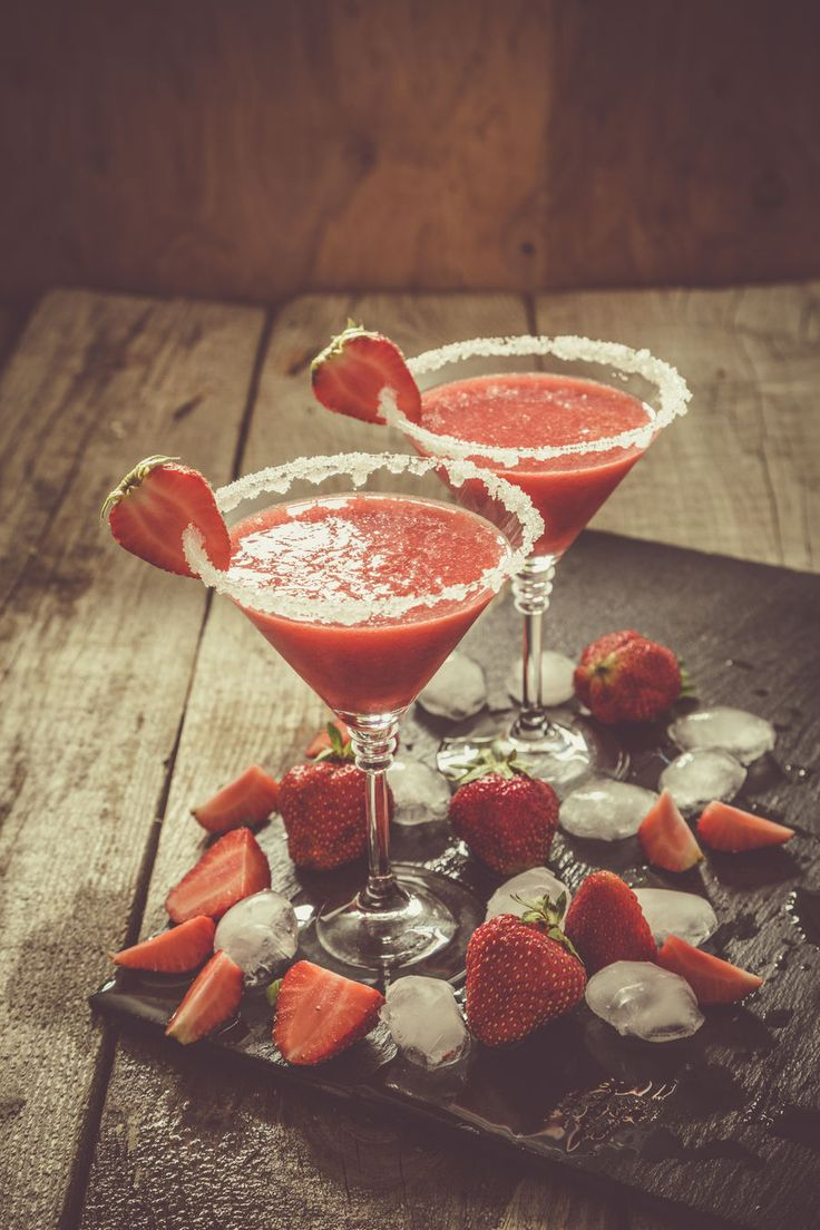 Proste drinki: Cold Strawberry, fot. Fotolia