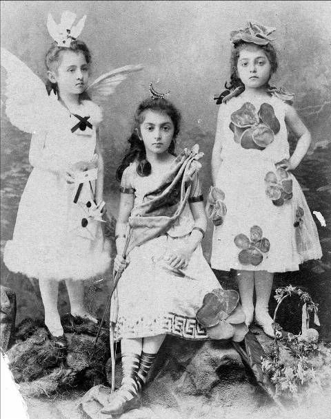 soyouthinkyoucansee on tumblr-Princess Mary Eristoff and her sisters