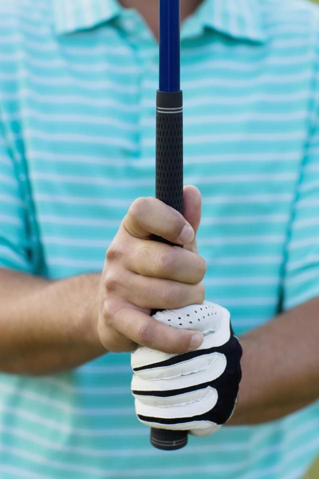 These free golf tips include both articles and videos, and focus on the basics, including such fundamentals as grip, stance and elements of the swing.