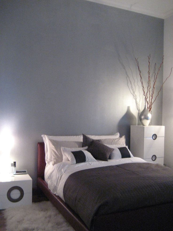 Silver Painted Wall That I Want For My Room So Bad