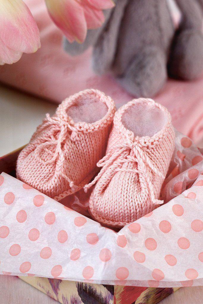 Baby Booties Knitting Pattern Knitting Baby Booties Knitting