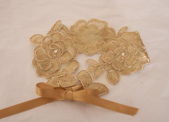 Vintage style Gold  lace wedding garter with Swarovski crystals. Brides garter secure with ribbon ties. Ivory garter, Country wedding garter