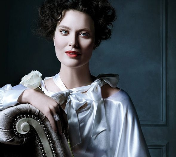 Tiffany & Co.'s Spring 2013 Advertising Campaign Lensed by Michael Thompson with a Delightful Old Hollywood Glamour Touch. #tiffany #glamour #jewelry #michaelthompson
