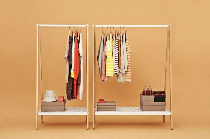 Bien plus qu'un simple effet de mode, un dressing est essentiel pour garder ses vêtements et accessoires parfaitement rangés. Il est généralement synonyme de grandeur. Pourtant, ces derniers temps, la tendance côté rangement se veut minimaliste.