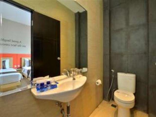 Toilet Design Modern