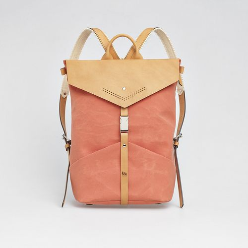 TheBétaVersion Ezra rucksack in rust with laser cut details