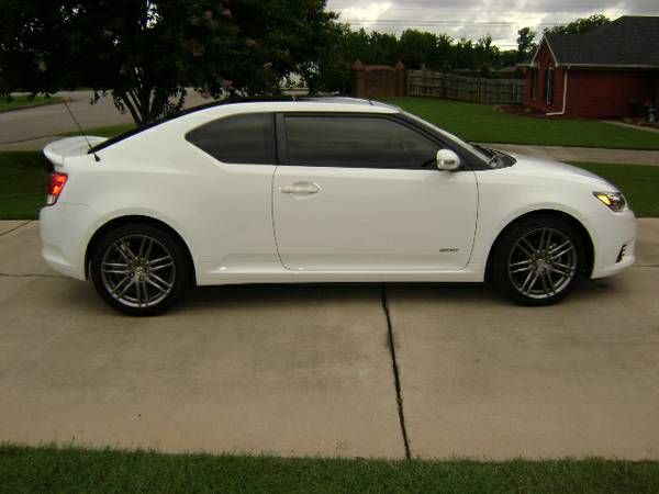 make scion model tc year 2013 body style other exterior color white interior color gray. Black Bedroom Furniture Sets. Home Design Ideas