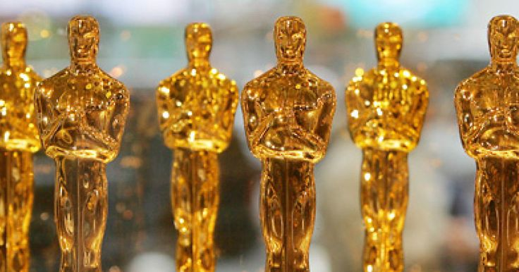 Oscars Gift Bag 2016 Quiz: Which of the Gifts Worth $223,000 Would You Keep? Chapstick, trips and even toilet paper (the fancy stuff of course!) #oscars #oscars2016 #chapstick