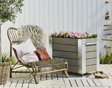Med et Cubic rullebord er det nemt og praktisk at flytte rundt på dine blomsterkasser