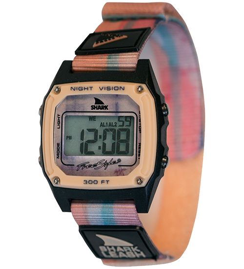 Style:10027043 Continuing our passion for collaboration, the original Velcro Shark Leash features the boardsport nostalgia design work of this Brooklyn based duo. Inner city meets the outdoors. Loaded with digital features like time, date, stopwatch, countdown timer, alarm and night vision.