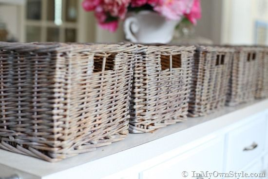 How to Create an Aged Driftwood Finish on Wicker Baskets | InMyOwnStyle