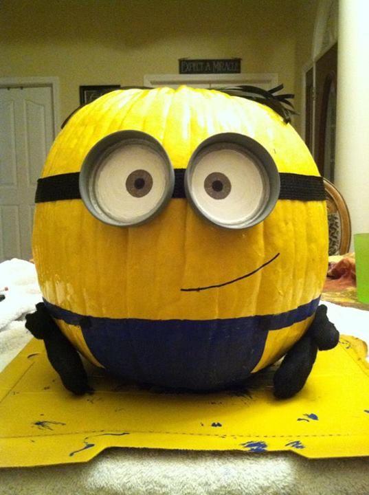 despicable me minion pumpkin