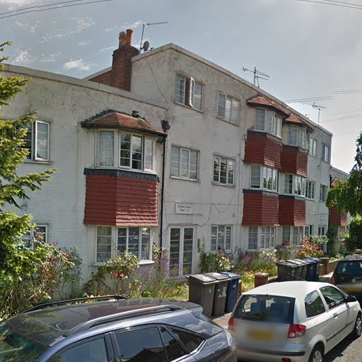 2 bedroom flat for sale in Crown Court, Crown Road, London, N10, N10