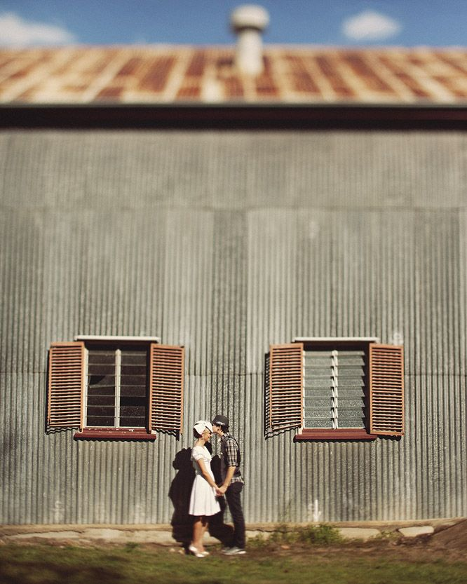 I like the blurring effect done to the top and the bottom of the image. #wedding #photography