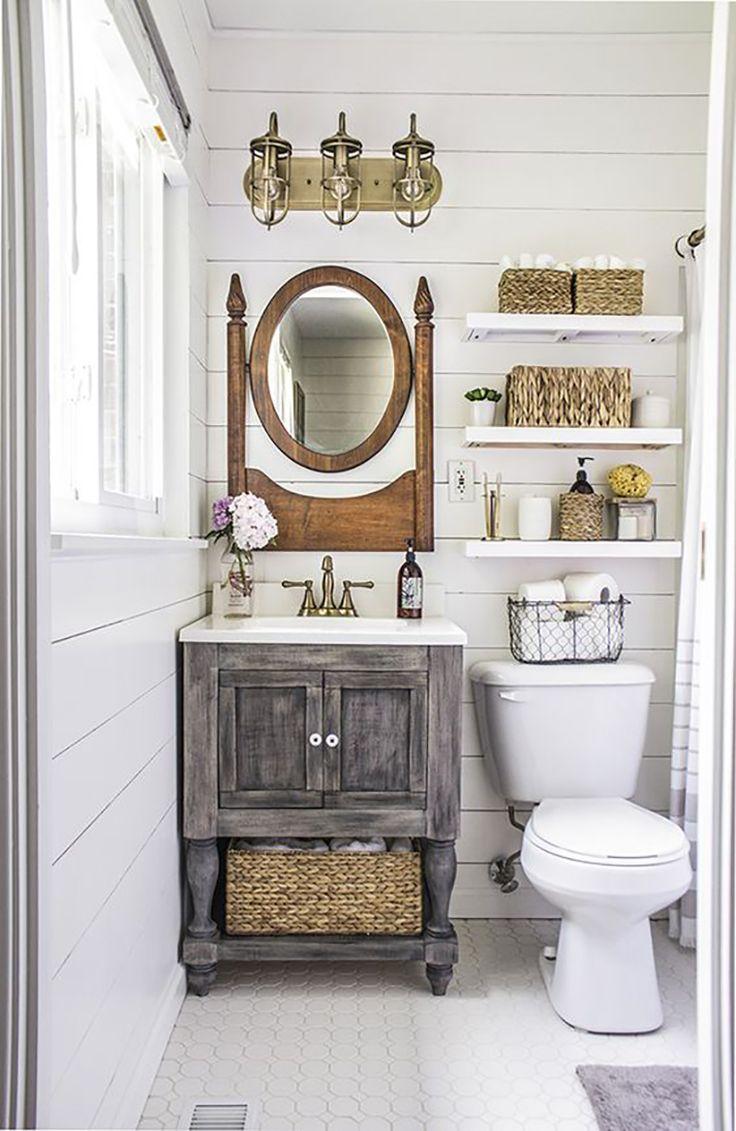 """Vamos esquecer por um momento todos os cômodos da nossa casa e priorizar um """"comodozinho"""" que geralmente não damos o devido valor, deixando-o naquela mesmice e carinha """"pálida e básica"""" de sempre? Quem advinha? Isso mesmo, o banheiro! Um banheiro decorado e organizado vai deixar sua casa mais charmosa e seu estado de espirito muito (muitoooo) mais leve. Como estou pesquisando referencias pro meu , pensei que seria uma boa trazer [...]"""