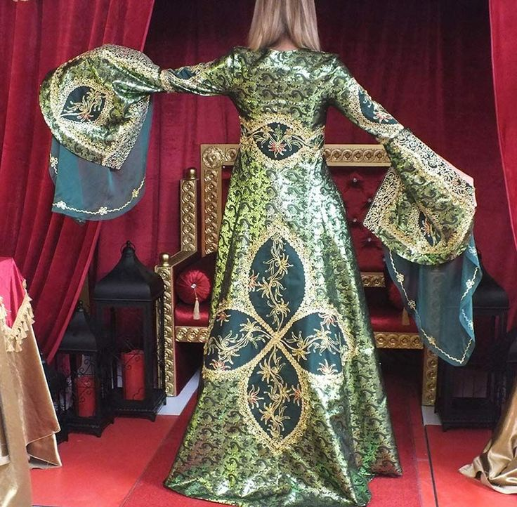 Hürrem Sultan Bindallı Kaftan Kına Elbisesi