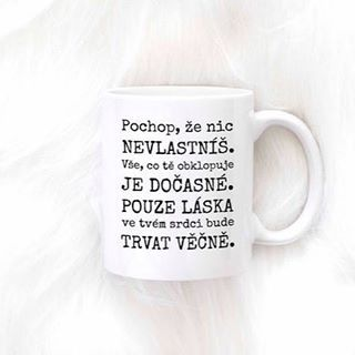 Láska v našem srdci trvá věčně, protože láska je bezvýhradný stav duše 🙏 Užijte si pohodovou sobotu plnou lásky ❤️☕ #sloktepo #motivacni #hrnky #miluji #kafe #citaty #zivot #mujzivot #mojevolba #domov #dokonalost #dobranalada #rodina #stesti #laska #pozitivnimysleni #nakupy #czechgirl #czechboy #czech #praha