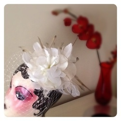 Bridal headpiece & birdcage veil, made to order by Emily Makris, Minikem