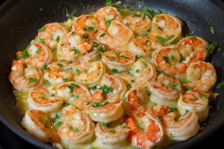 Easy Shrimp Scampi (with butter) (Portuguese Seafood Recipes)