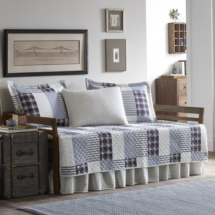 Best 25 Daybed Covers Ideas On Pinterest Daybed Pillows