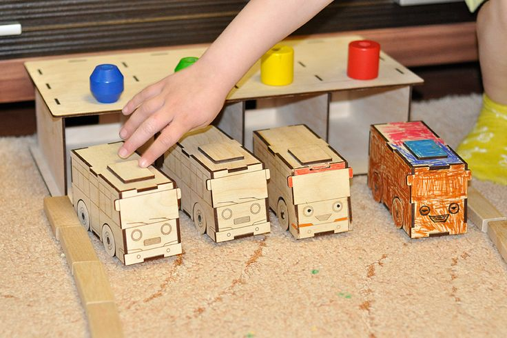 Autobus park.  Bus and Garage wooden toys. Vector plan/model for laser cut. ► http://cartonus.com/bus-garage/
