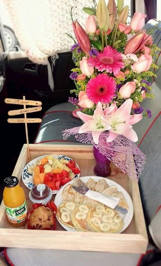 22 Ideas breakfast sorprise dad for 2019 Breakfast Basket, Breakfast At Tiffanys, Breakfast In Bed, Romantic Breakfast, Breakfast Quotes, Birthday Breakfast, Mexican Breakfast, Vegetarian Breakfast, Christmas Breakfast