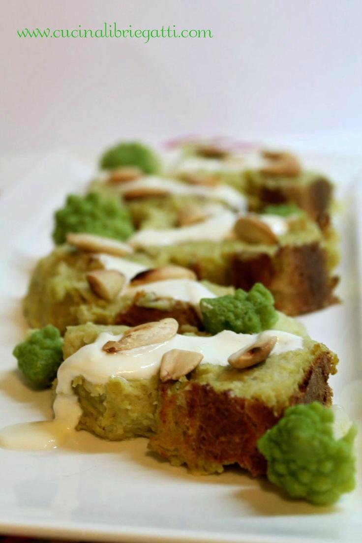 Polpettone di broccoli con crema di caprino e mandorle