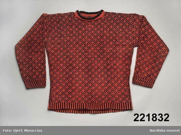 Knitted jumper, colourwork. Made in 1890 by Nelly Norin in Bohuslän, Sweden.