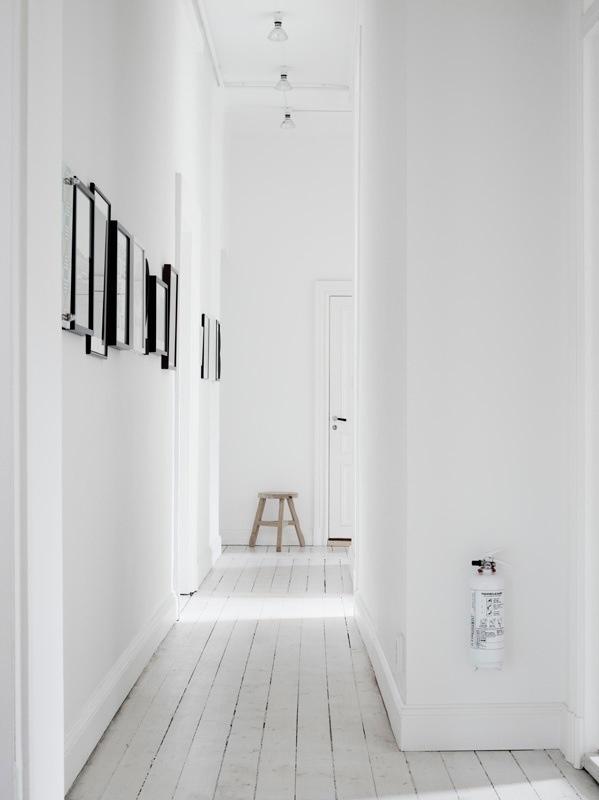 White floors for the hallway