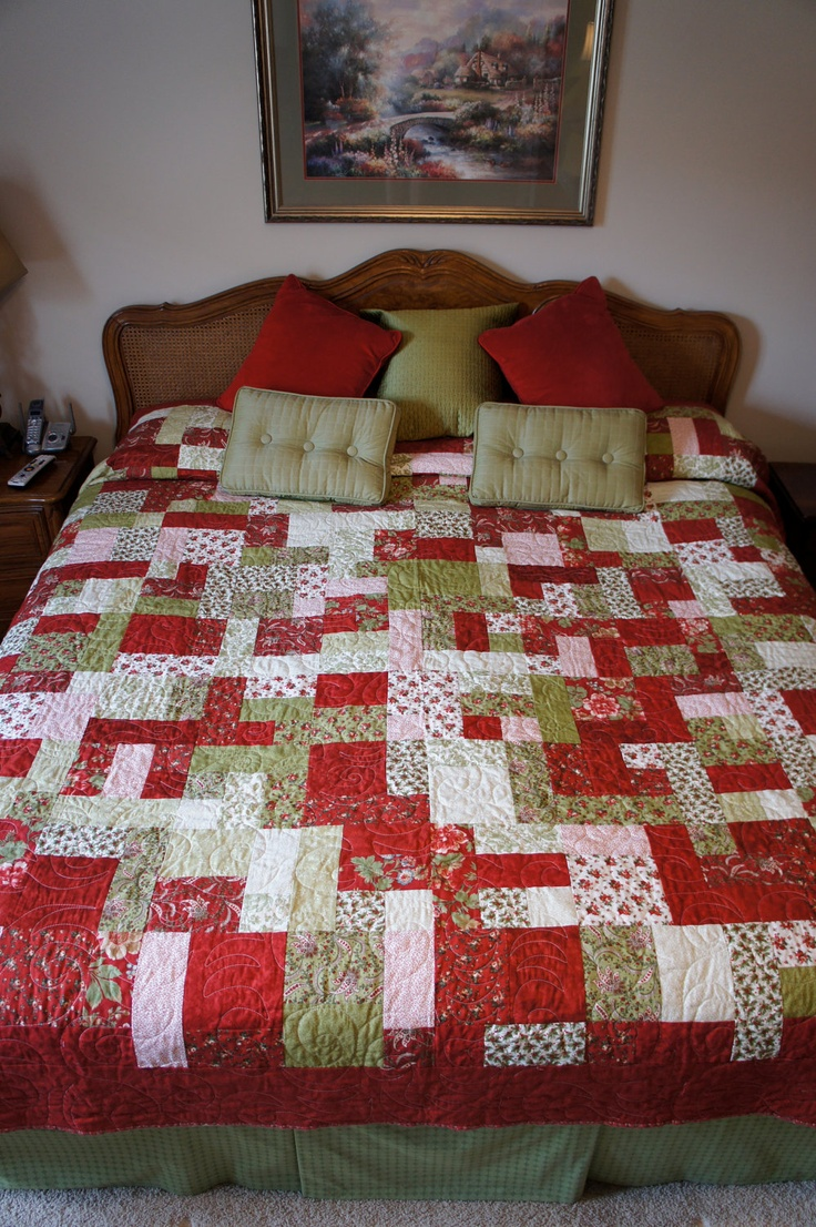Patchwork bed sheets patterns - Handmade Christmas Yellow Brick Road Pattern King Size Quilt