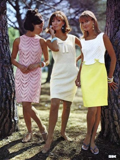 Just look at their suntans! Not too PC any more! Soft pastel vintage fashion, Kays Catalog 1967