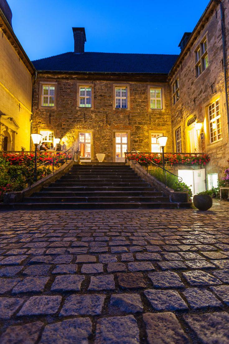 Wasserschloss Lembeck in Dorsten. Eine Auflistung verschiedenster Hochzeitslocations in NRW, die ich teilweise genauer beschreibe. Mit vielen eigenen Locationfotos!