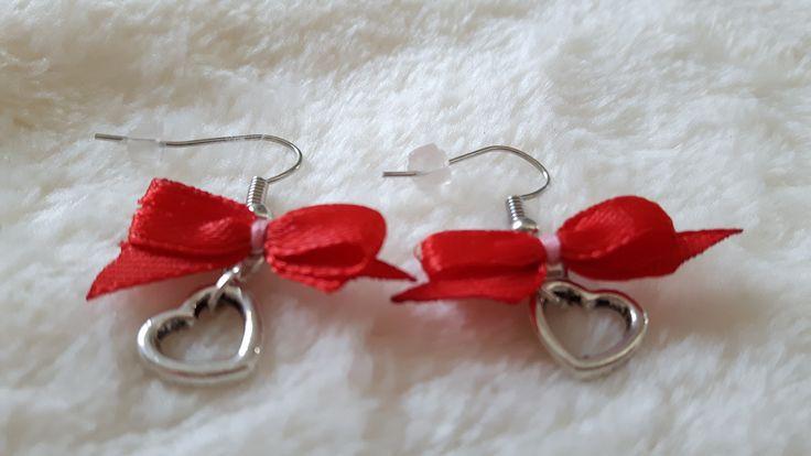 boucles d'oreilles avec noeud et coeur : Boucles d'oreille par ninoubijoux