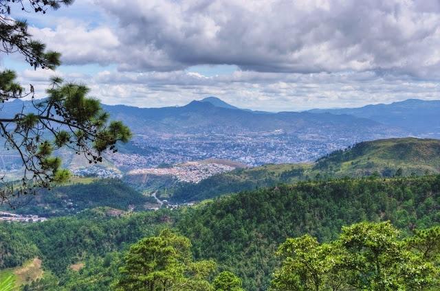 Honduras. A voyage to Honruras, Central America - Tegucigalpa, San Pedro Sula, Choloma, La Ceiba, El Progreso, Ciudad Choluteca, Comayagua, Puerto Cortez, La Lima, Danlí...