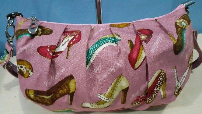 Cozy sling bag
